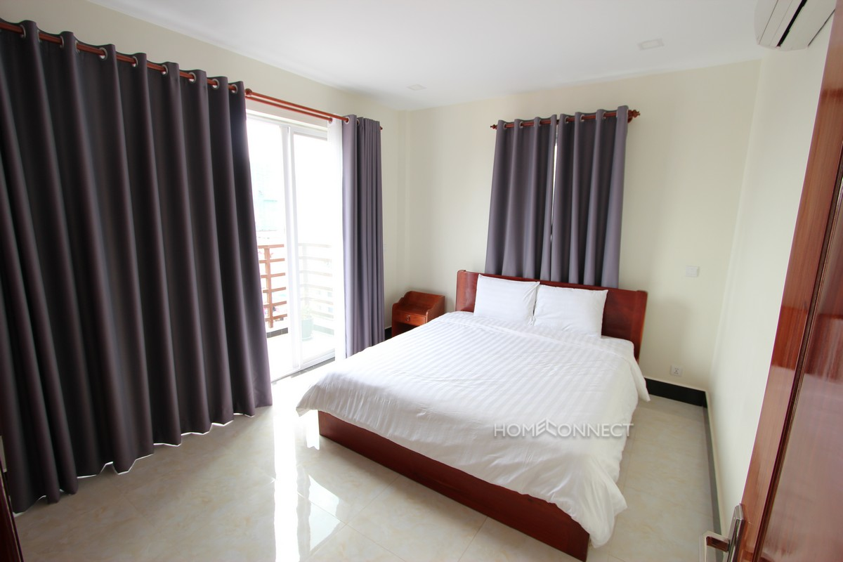 Large 2 Bedroom Apartment in BKK2