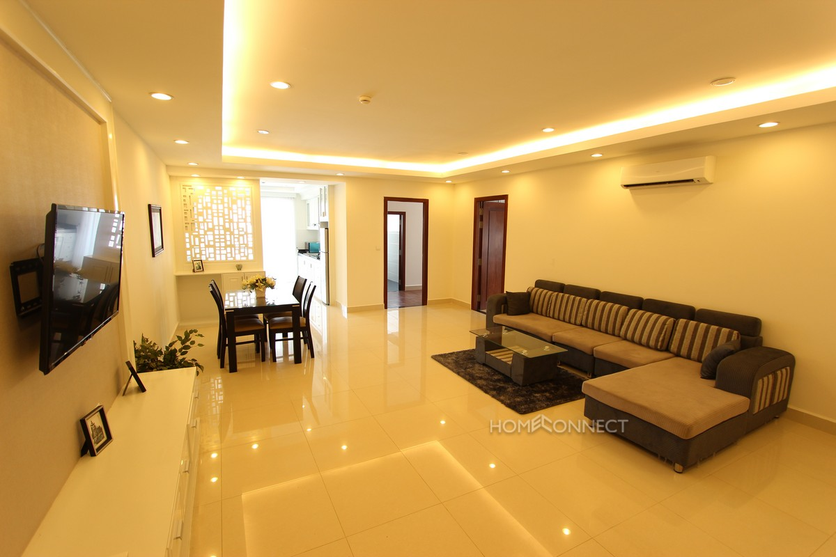 Expansive 2 Bedroom Apartment in Toul Tom Poung