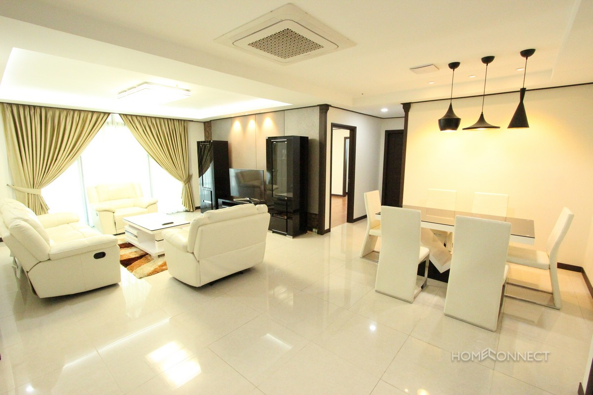 Central BKK1 3 bedroom luxury apartment
