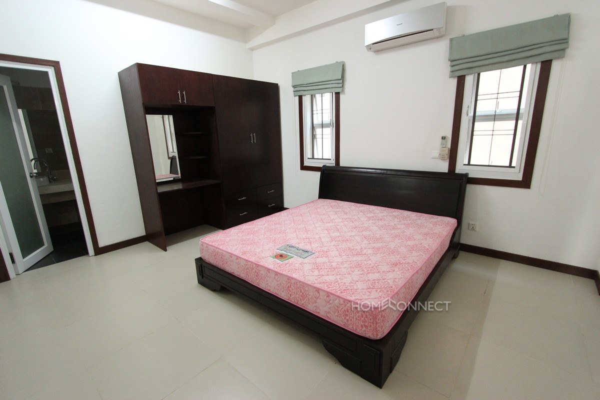 Large 3 bedroom apartment close to Independence Monument
