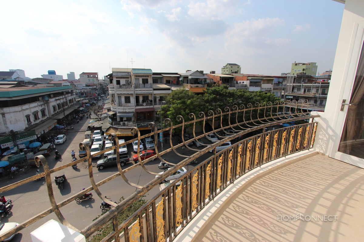 Large 3 bedroom apartment in 7 Makara, Phnom Penh