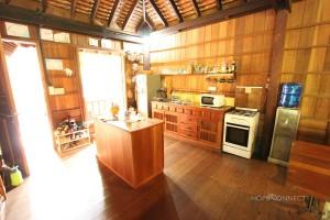 Traditional 2 bedroom Khmer villa in Chroy Chungva