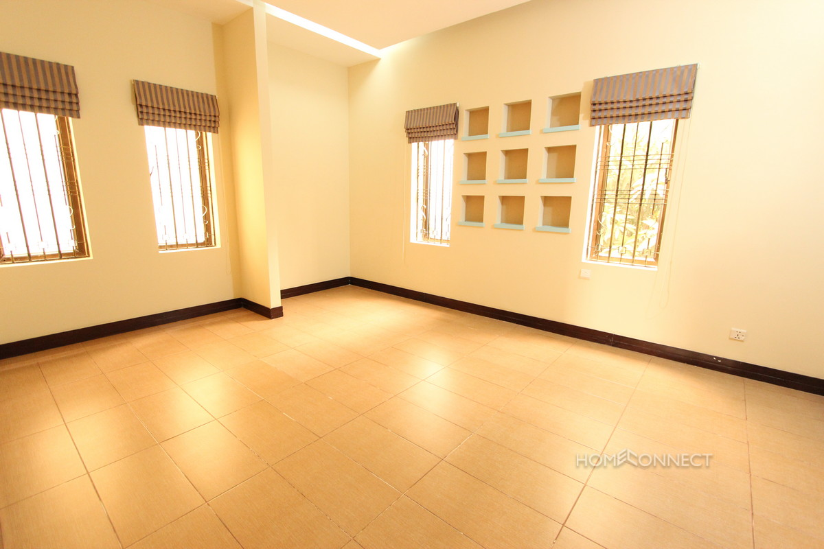Family Sized 5 Bedroom Townhouse in Toul Kork | Phnom Penh