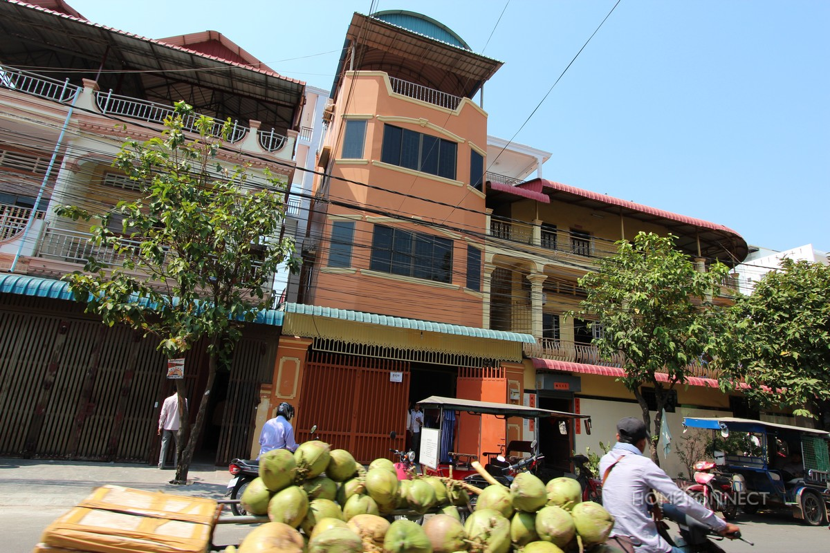 Commercial Townhouse in Toul Svay Prey | Phnom Penh