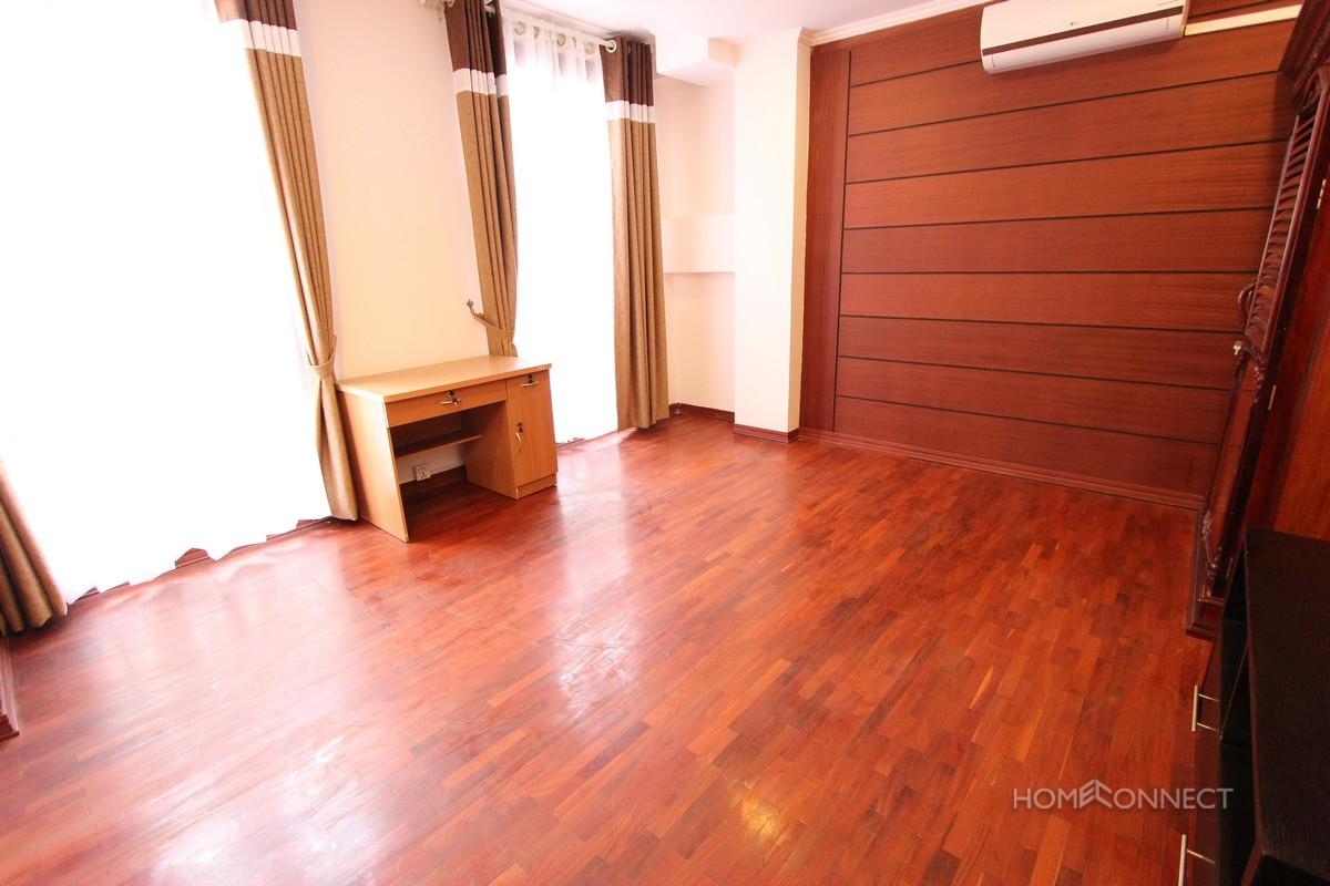 Large Central 3 Bedroom Apartment in BKK1 | Phnom Penh