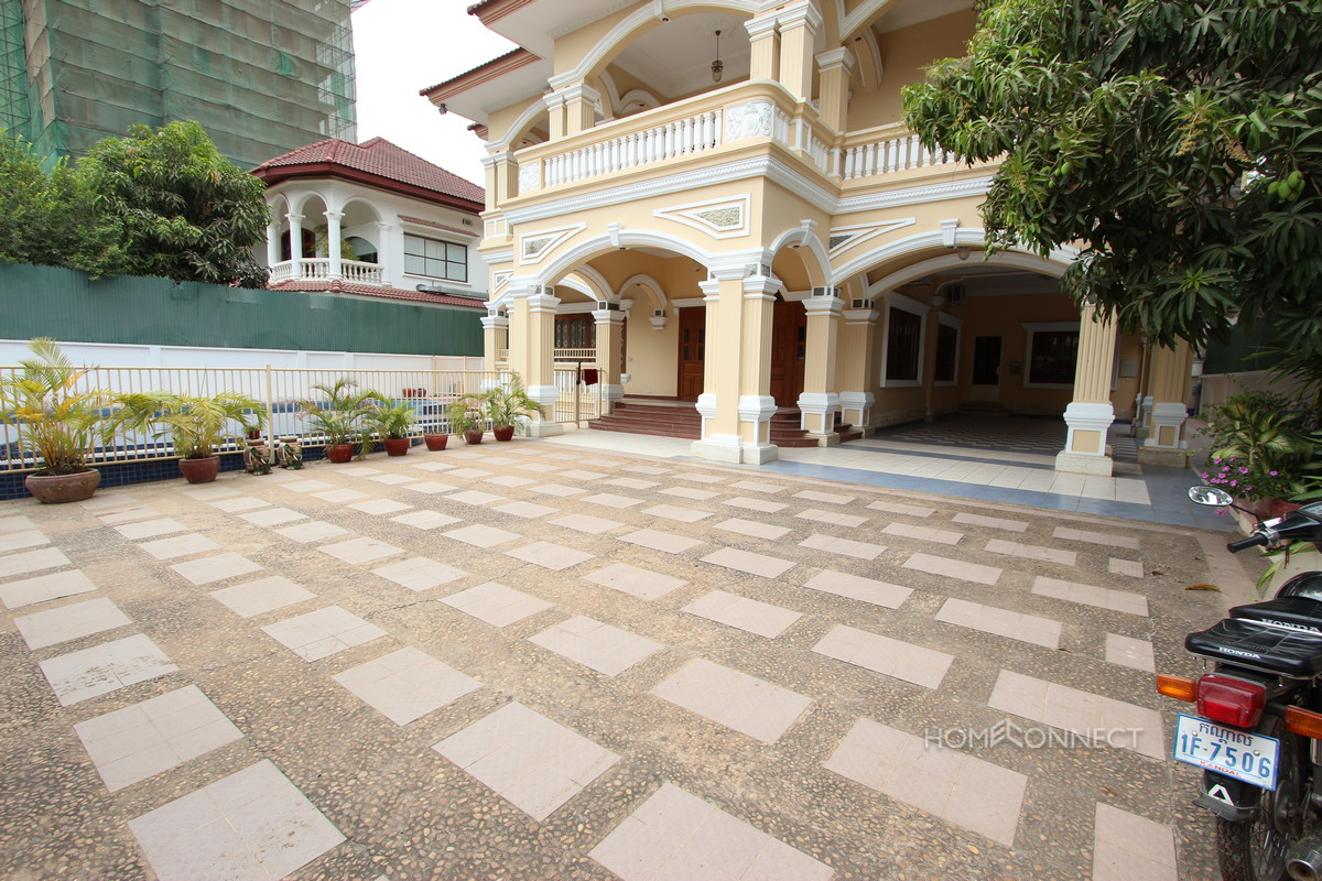 Large Family Villa with Pool in Tonle Bassac | Phnom Penh