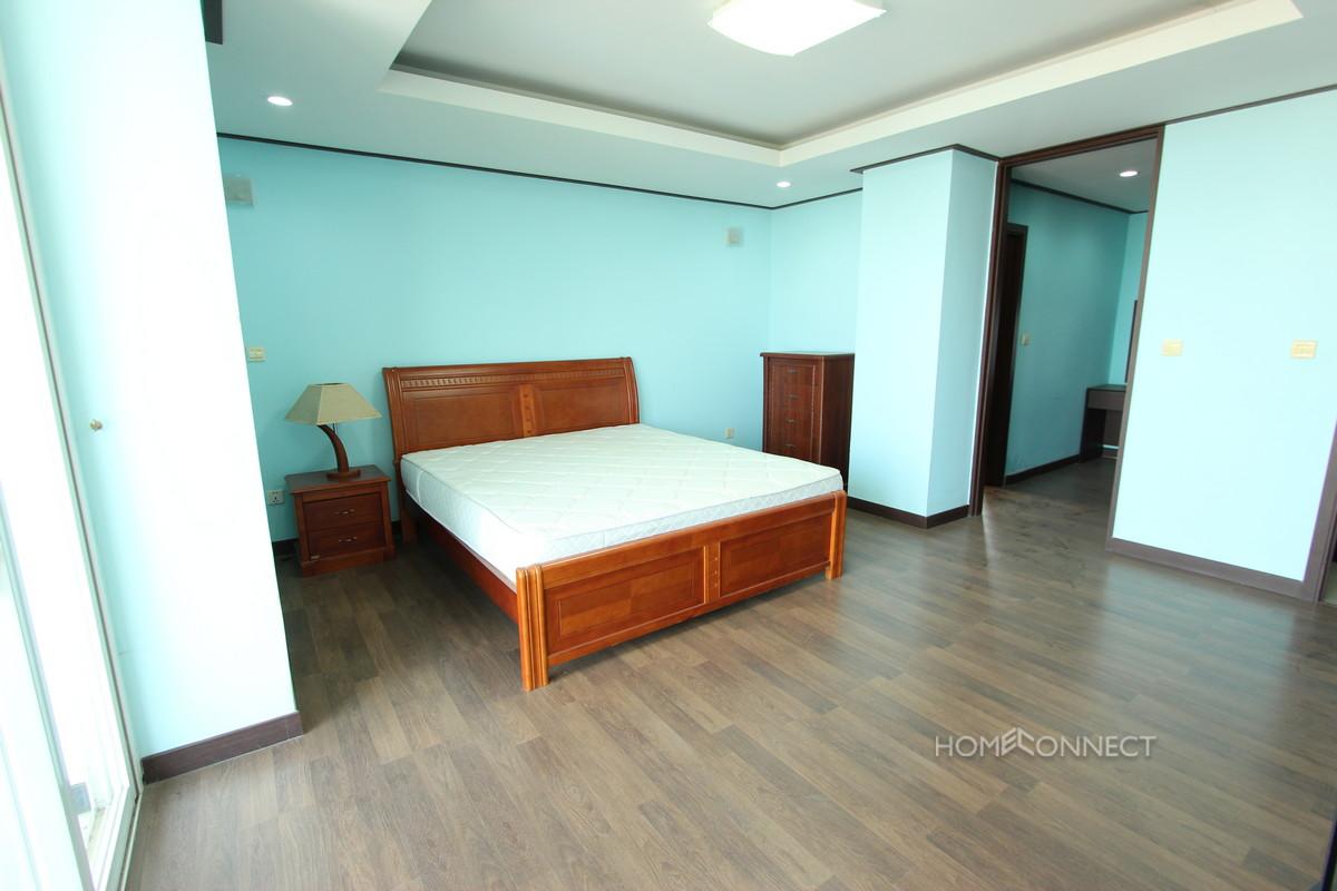 Large 2 Bedroom Condo Apartment in Toul Kork   Phnom Penh