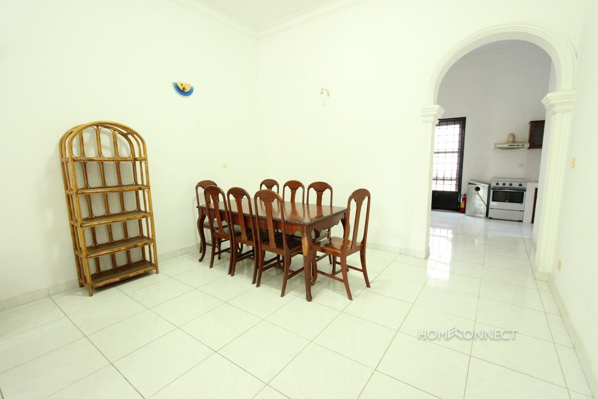 Lovely 3 Bedroom Apartment in the Heart of BKK1 | Phnom Penh