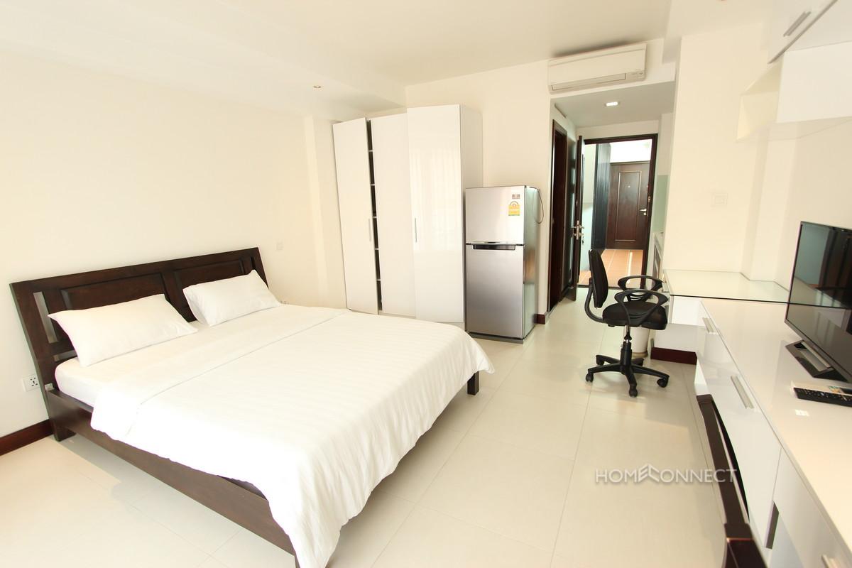 Modern Studio Apartment Near the Riverside | Phnom Penh