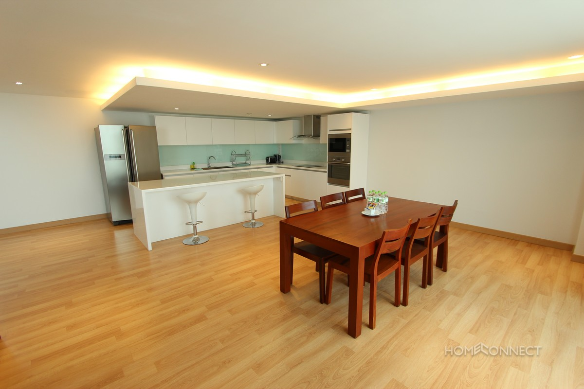 Beautiful 3 Bedroom Duplex in Chroy Chungva | Phnom Penh