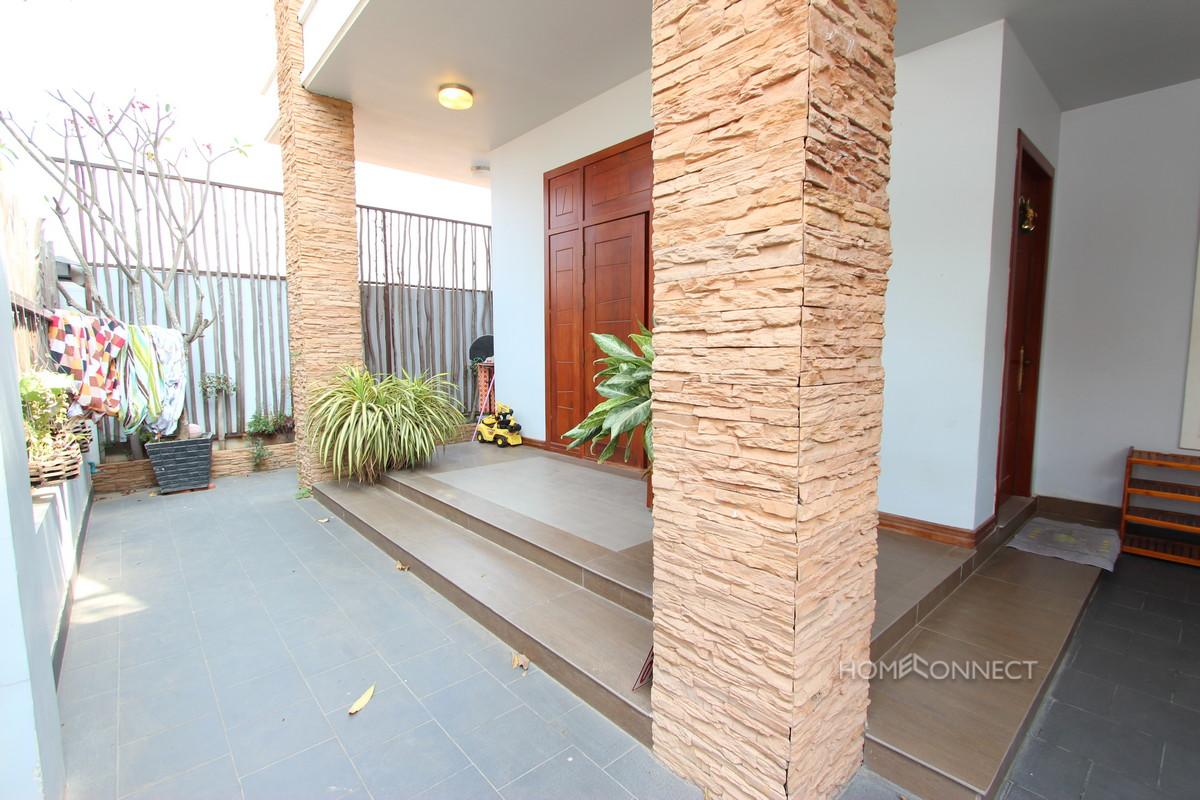 vModern 6 Bedroom Villa For Rent Near Aeon Mall   Phnom Penh