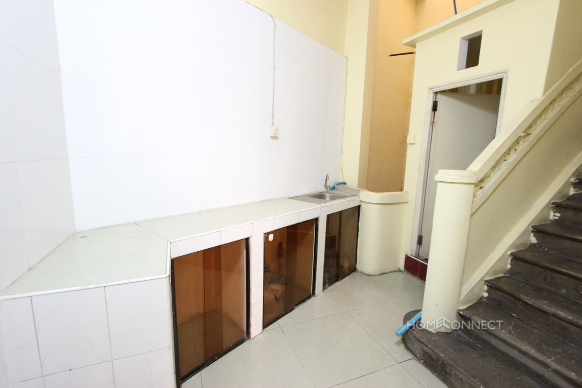 A Pleasant 1 Bedroom Apartment with River Views | Phnom Penh