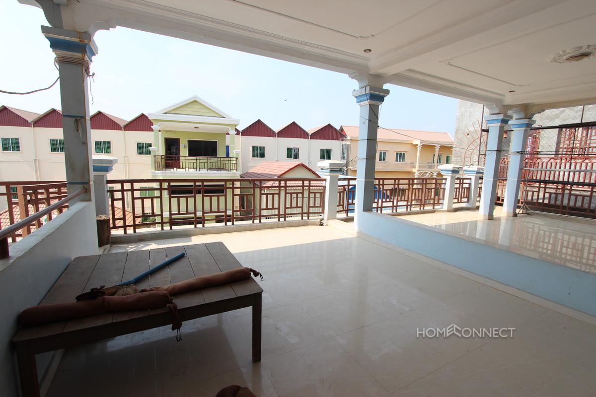 Comfortable 4 Bedroom Townhouse in Boeung Tumpun | Phnom Penh