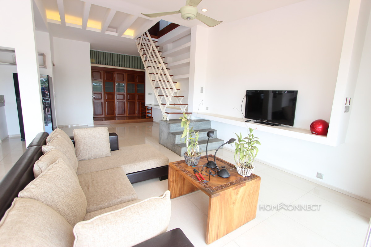 Large Terrace Colonial Apartment Near Riverside | Phnom Penh