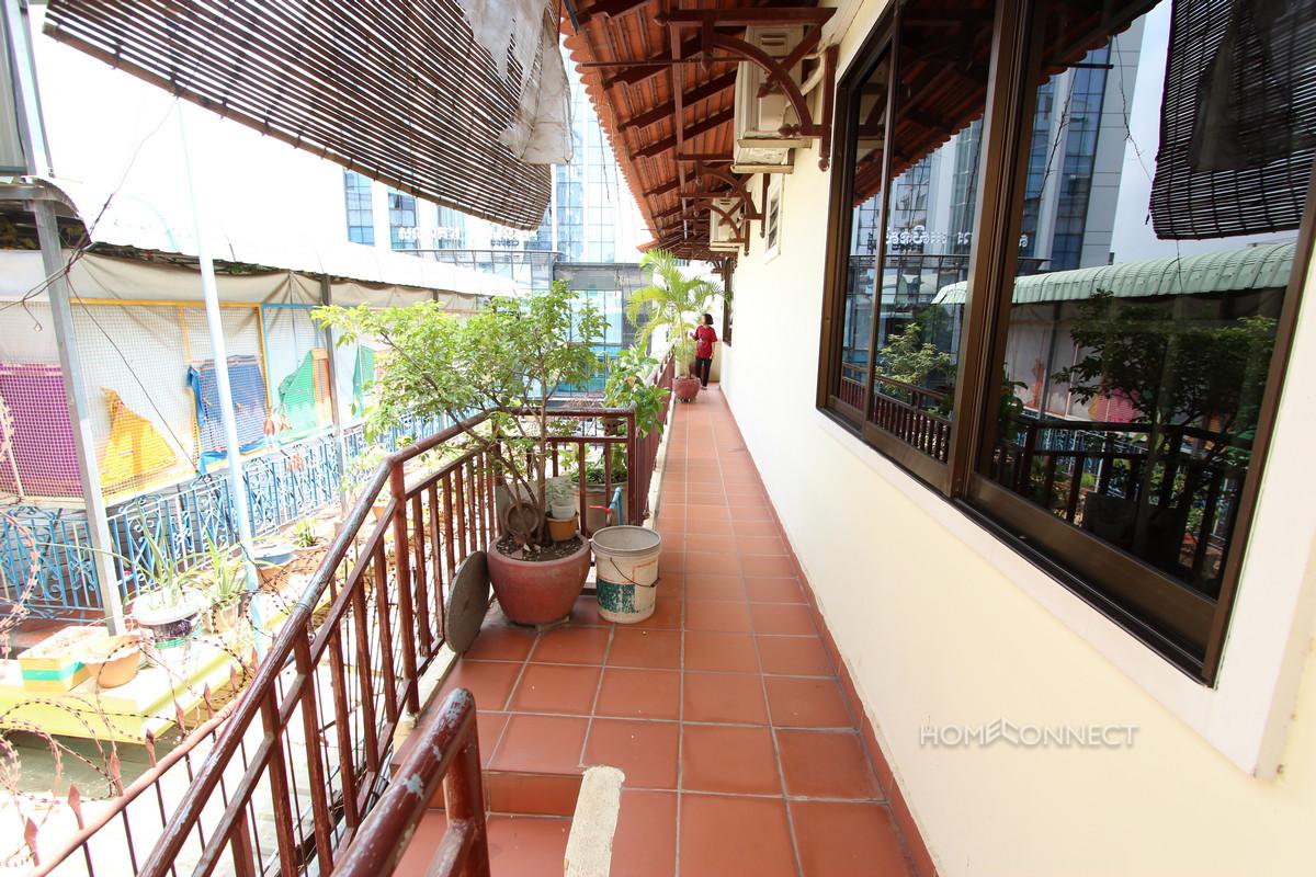 Spacious 2 Bedroom Apartment in Central Daun Penh | Phnom Penh