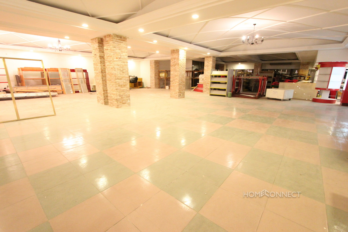 Large Open Plan Office Space Available now in Daun Penh | Phnom Penh