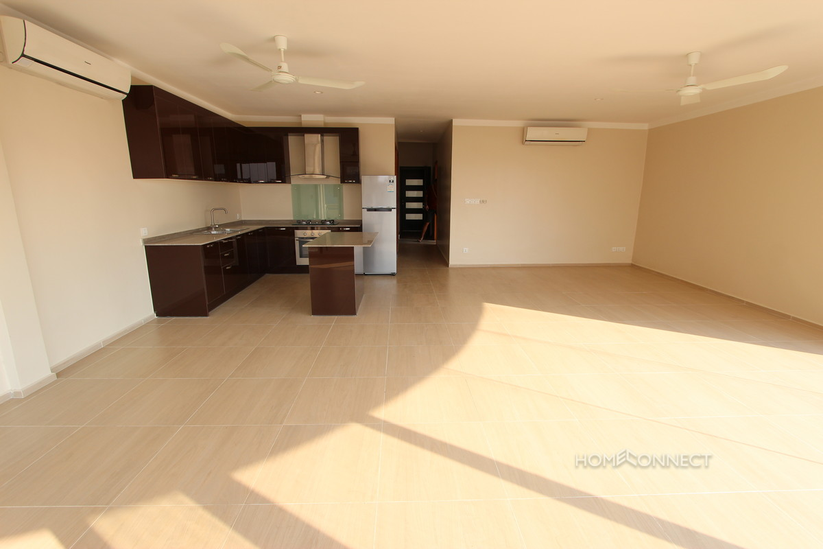 Newly Renovated 3 Bedroom Apartment Close to Riverside   Phnom Penh
