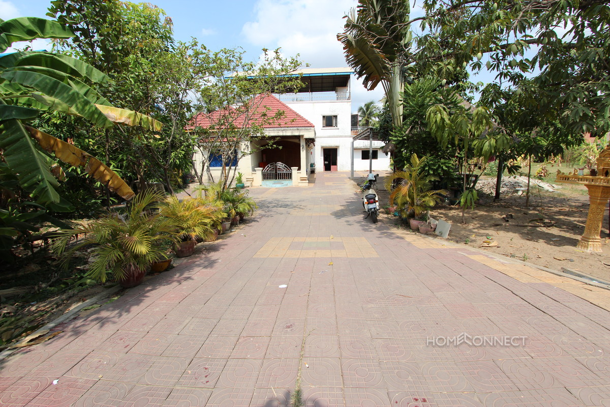Small Villa and Land for Rent in Boeung Tumpun | Phnom Penh