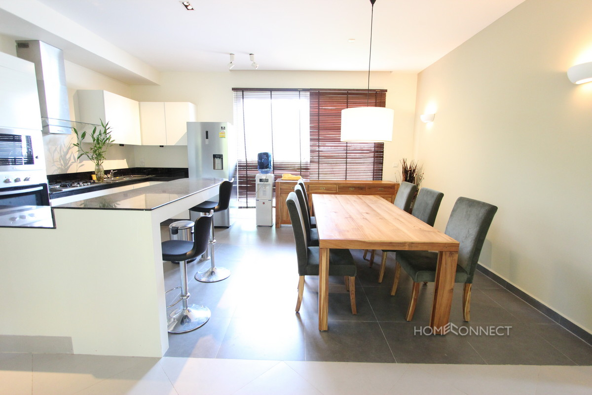 Beautiful 2 Bedroom Apartment on National Road 1 | Phnom Penh