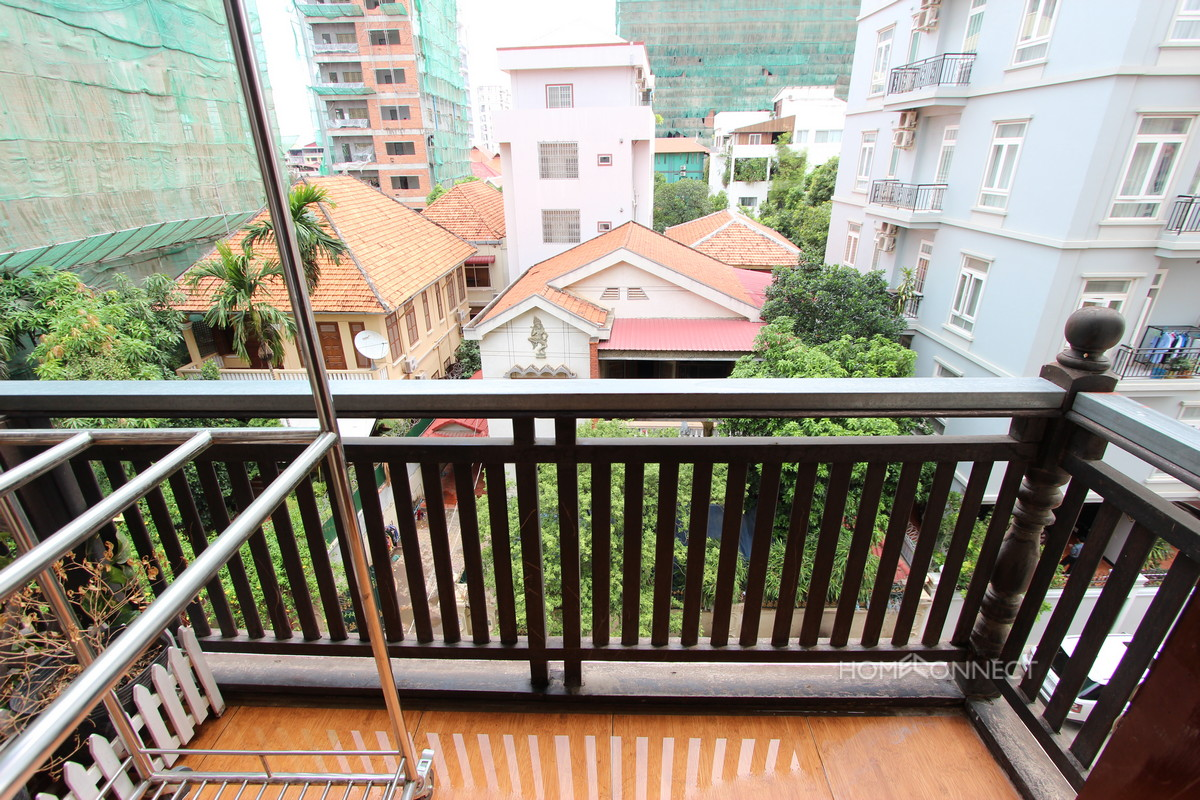 Tidy 2 Bedroom Apartment in Tonle Bassac | Phnom Penh