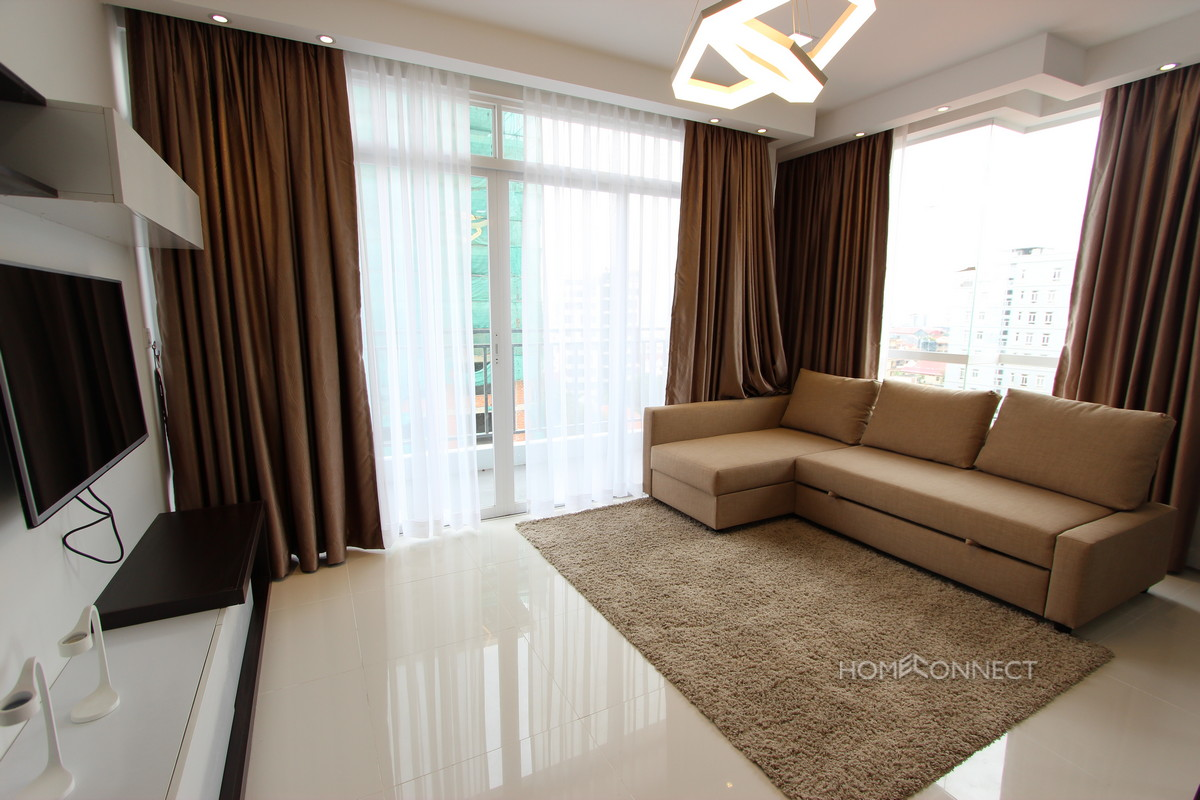 Western Style Modern Apartment Close to Independence Monument | Phnom Penh