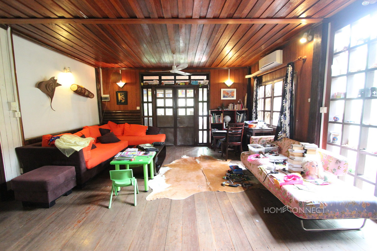 Traditional Wooden 3 Bedroom House in Boeung Trabek | Phnom Penh