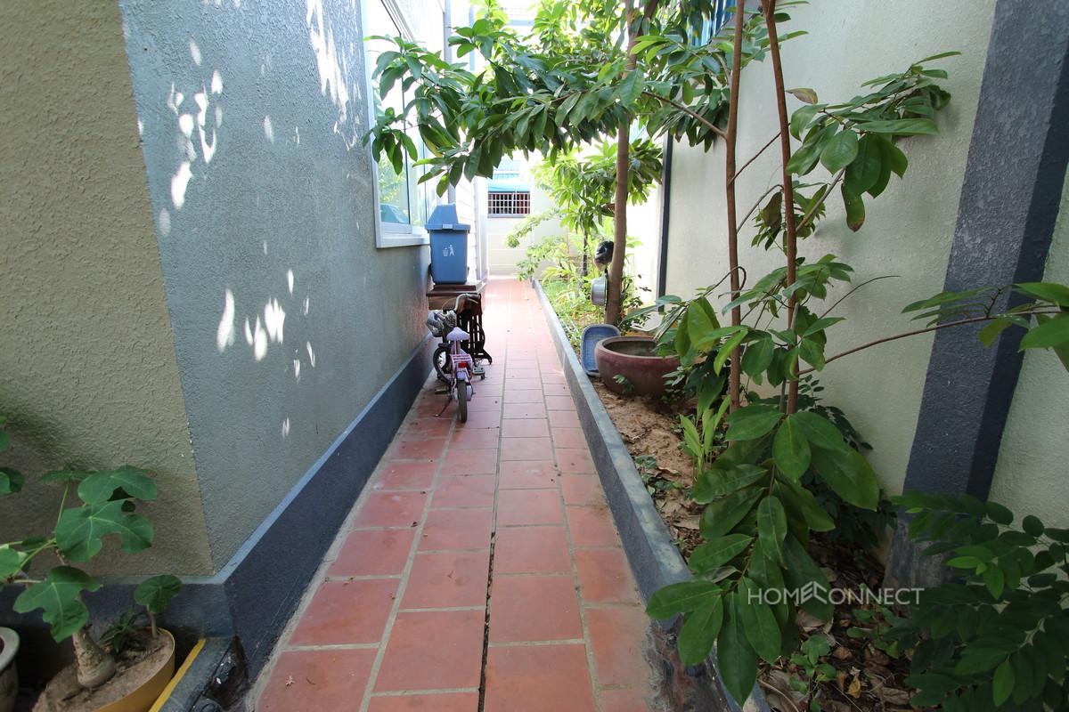 Modern 3 Bedroom Townhouse In Boeung Tumpun | Phnom Penh