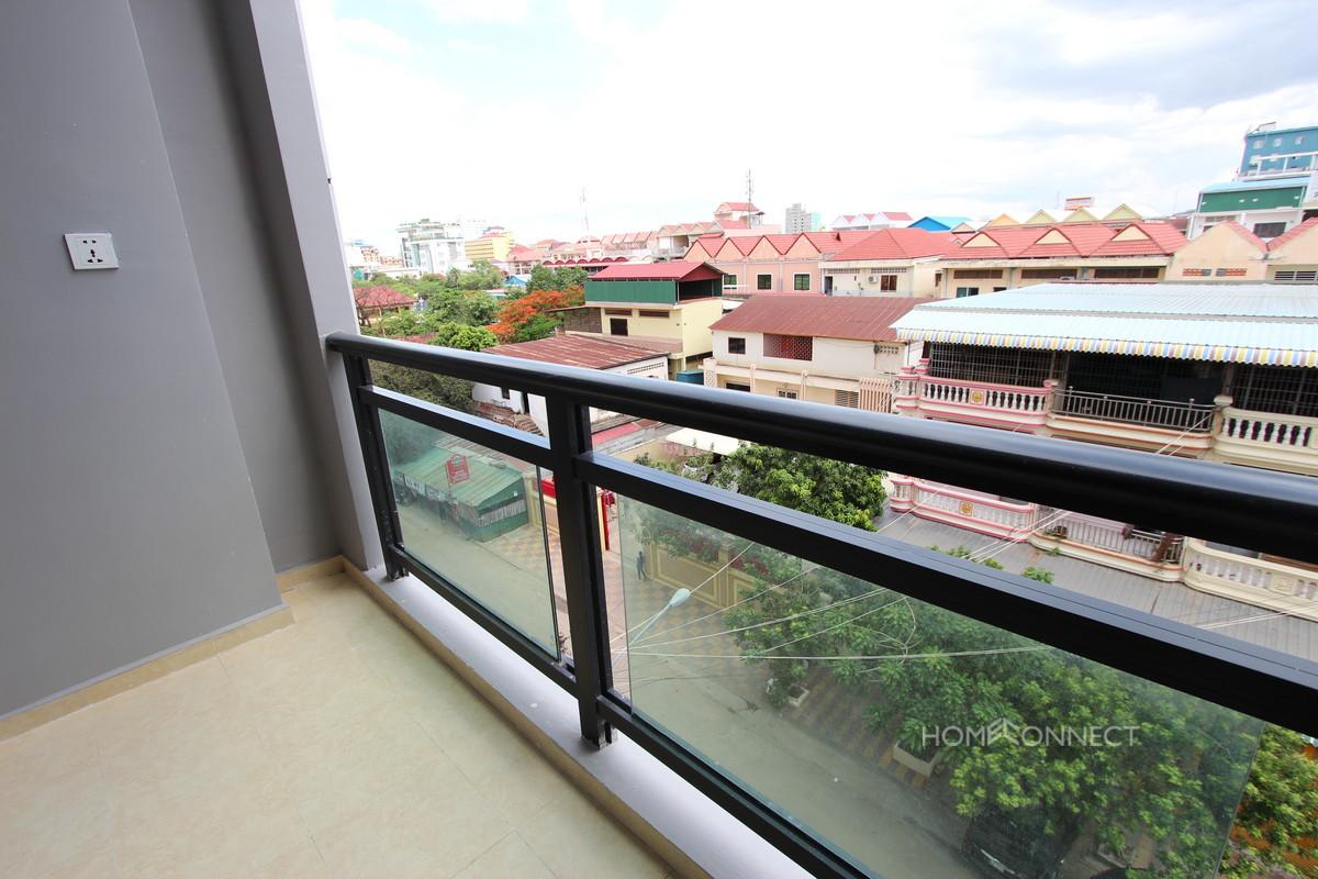 Comfortable 1 Bedroom Apartment Near the Olympic Stadium   Phnom Penh