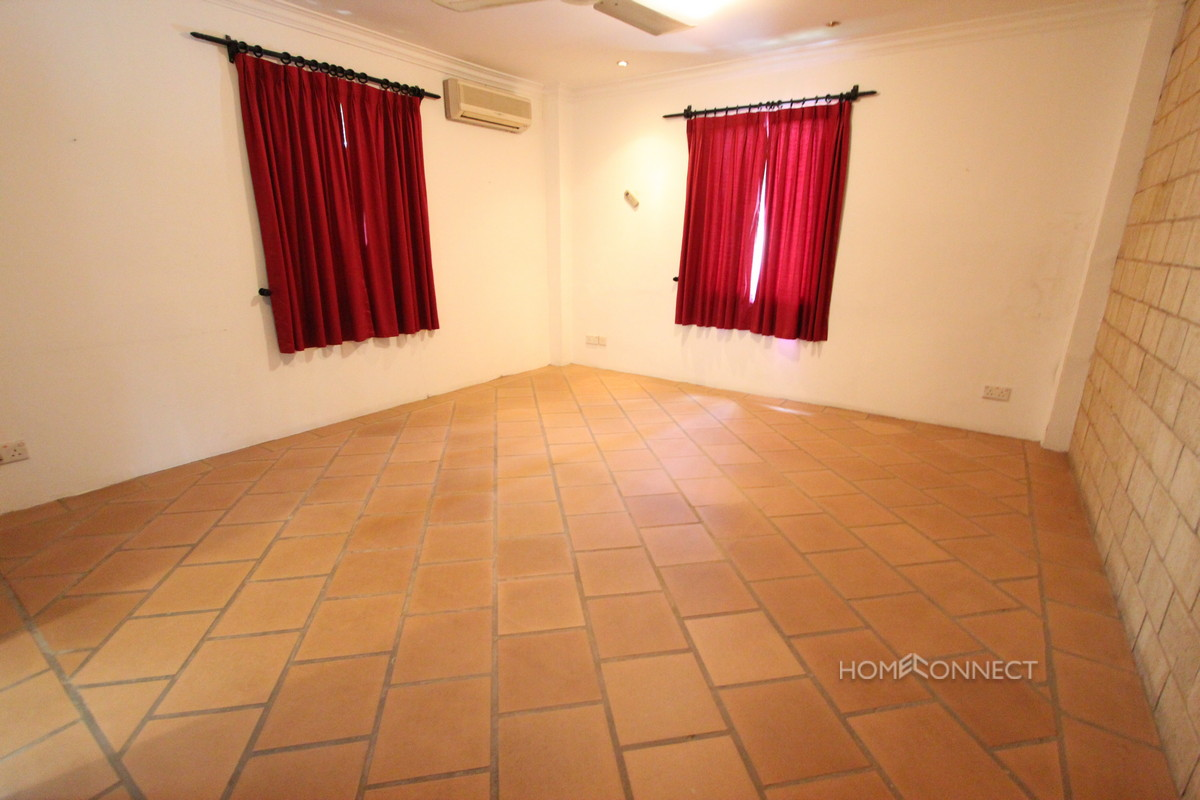 Family Sized Villa For Rent With A Pool In Tonle Bassac   Phnom Penh