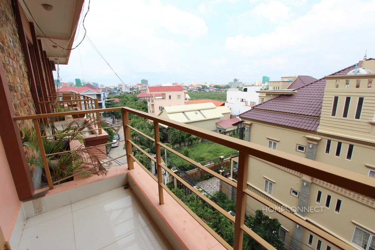 Roomy 3 Bedroom Apartment Near the Russian Market   Phnom Penh Real Estate