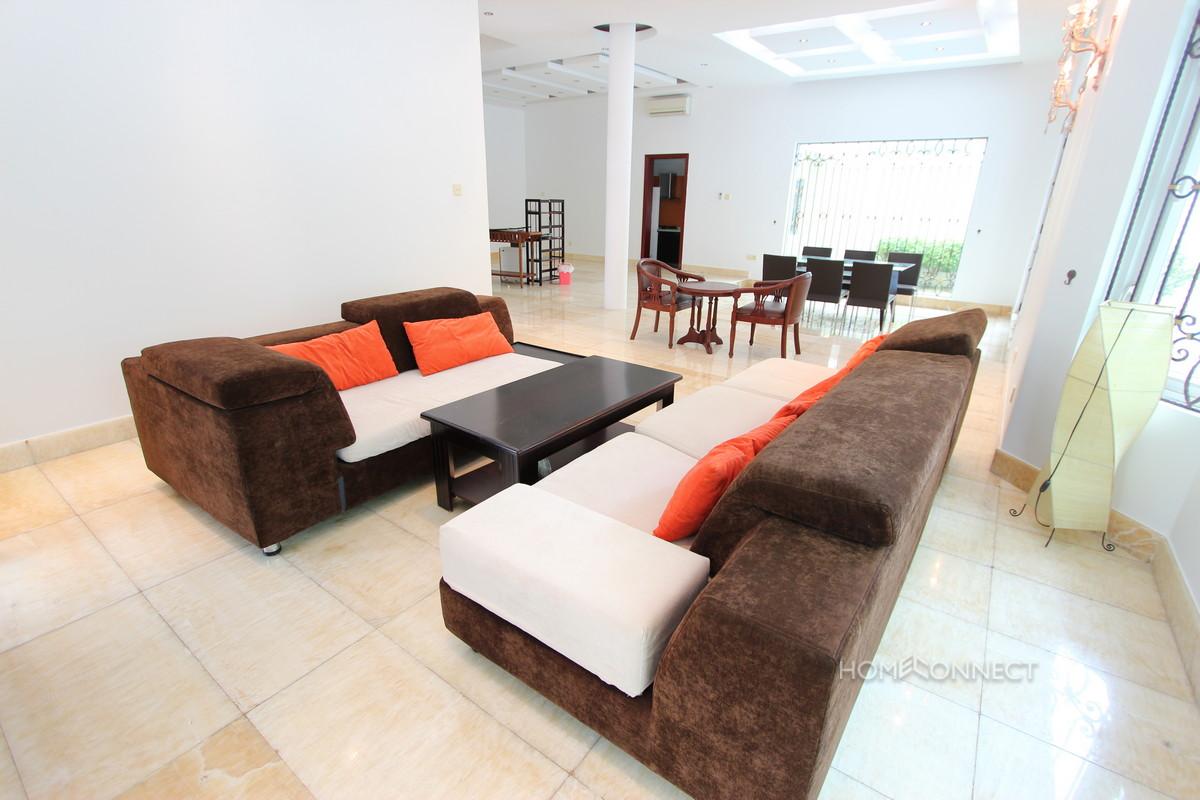 Bright and Modern 2 Bedroom Villa Near Aeon Mall   Phnom Penh Real Estate