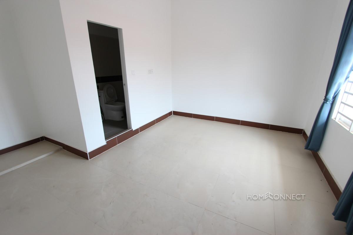 Roomy 4 Bedroom Townhouse in Boeung Tumpun | Phnom Penh Real Estate
