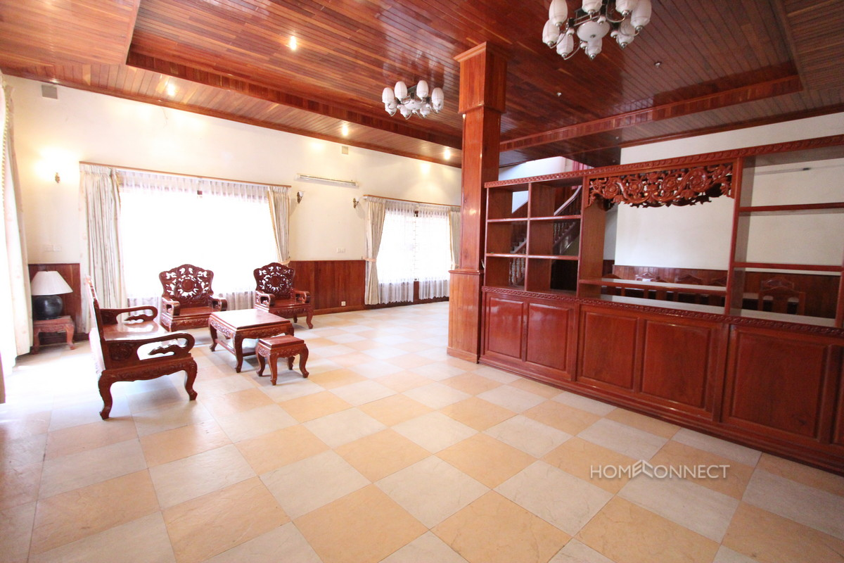 Spacious 5 Bedroom Villa Near Northbridge | Phnom Penh Real Estate