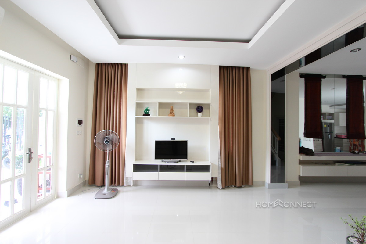 Modern 4 Bedroom Townhouse With Pool Near ISPP School | Phnom Penh Real Estate