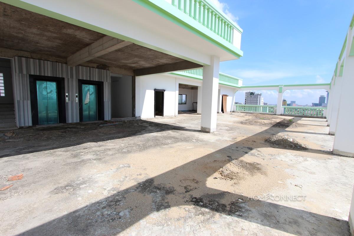 Hotel Skybar Area for Rent Near the Olympic Stadium | Phnom Penh