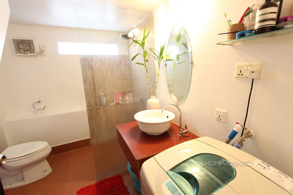 French Colonial 1 Bedroom For Rent Near Riverside | Phnom Penh Real Estate