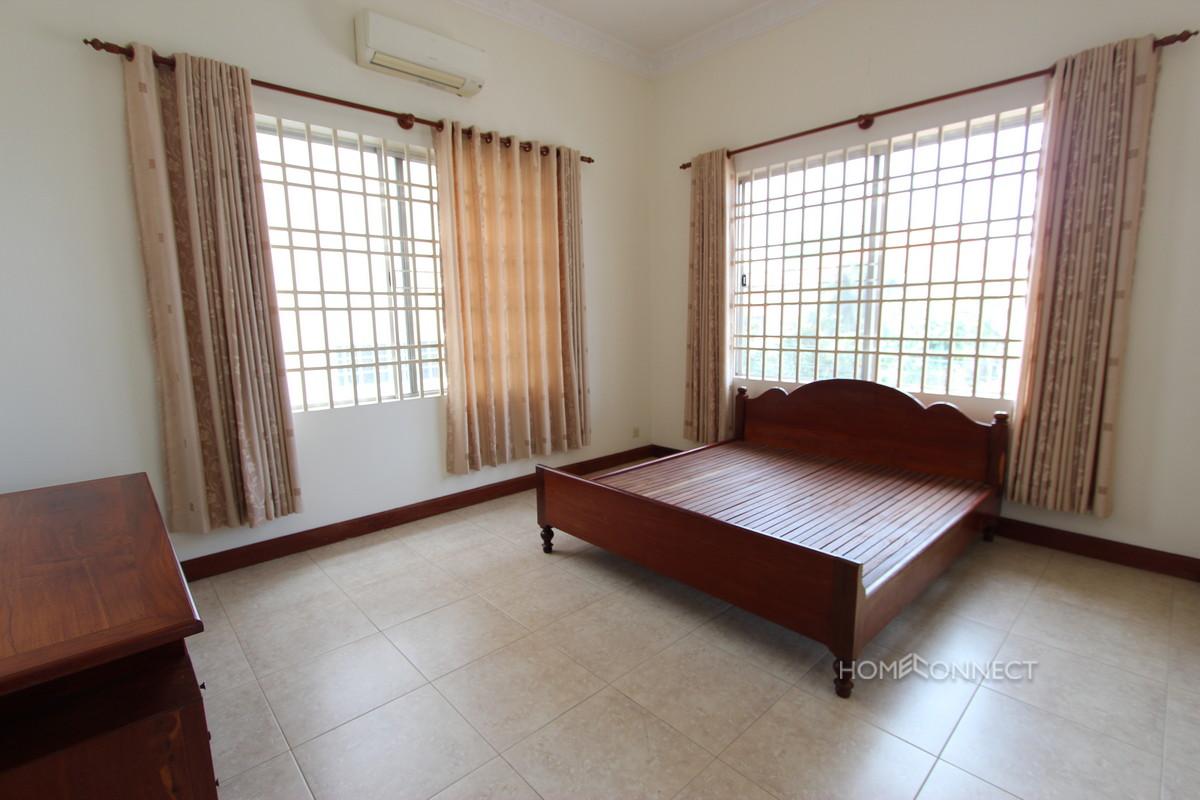 Modern Khmer Style Villa in Toul Kork   Phnom Penh Real Estate