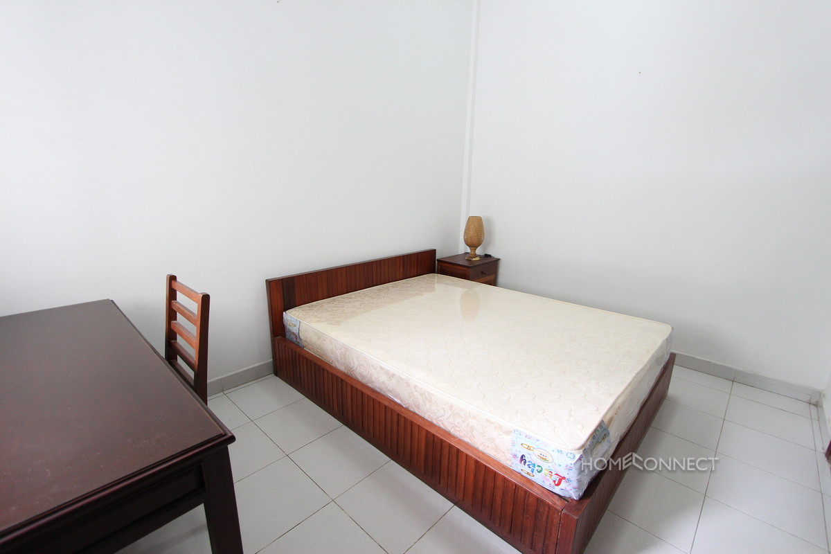 Tidy 2 Bedroom Apartment Near Riverside | Phnom Penh Real Estate
