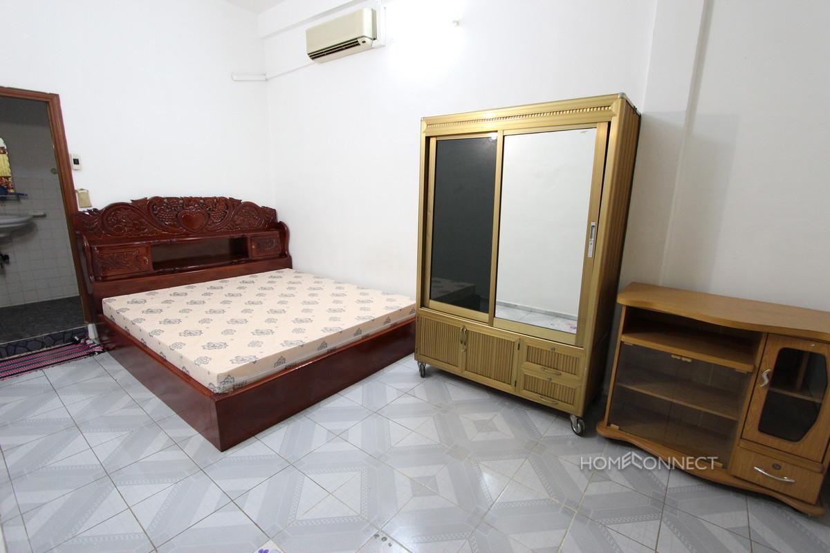Compact 1 Bedroom Apartment in BKK1 | Phnom Penh Real Estate