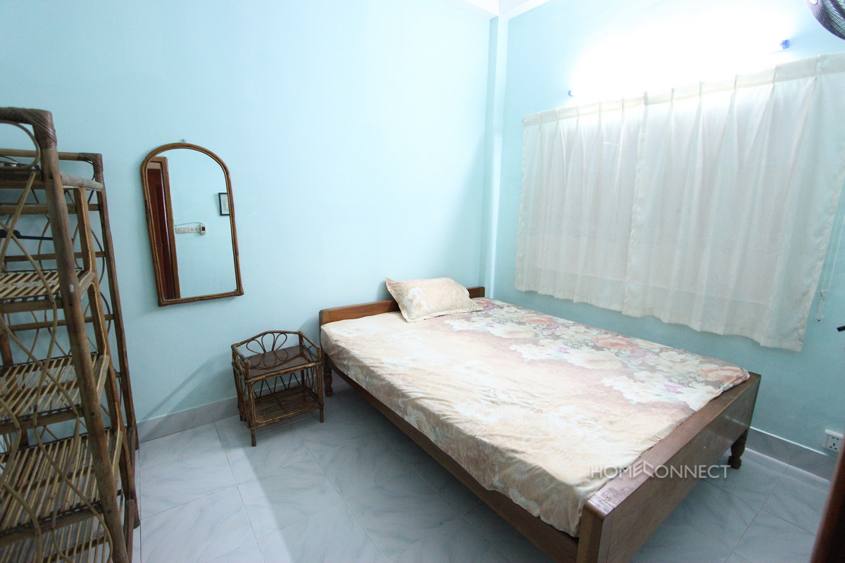 Quiet 2 Bedroom Apartment Near Riverside | Phnom Penh Real Estate