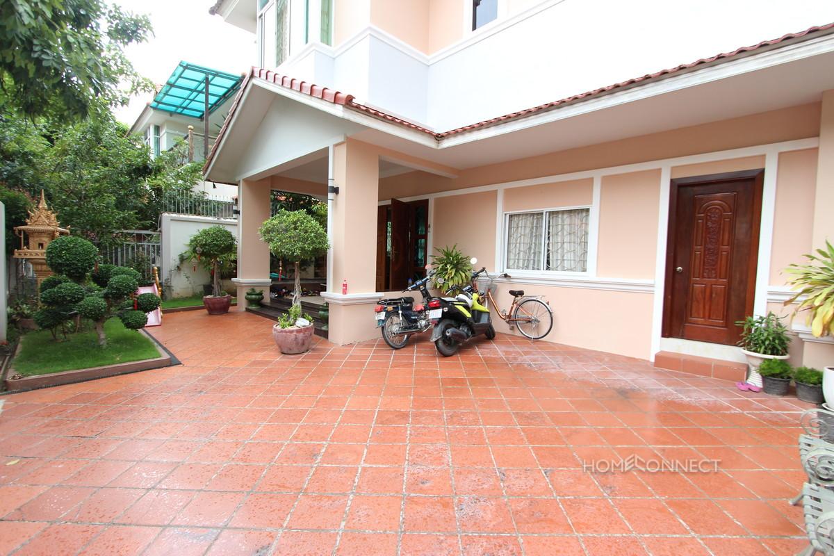 Large 5 Bedroom Villa For Rent In Tonle Bassac | Phnom Penh Real Estate
