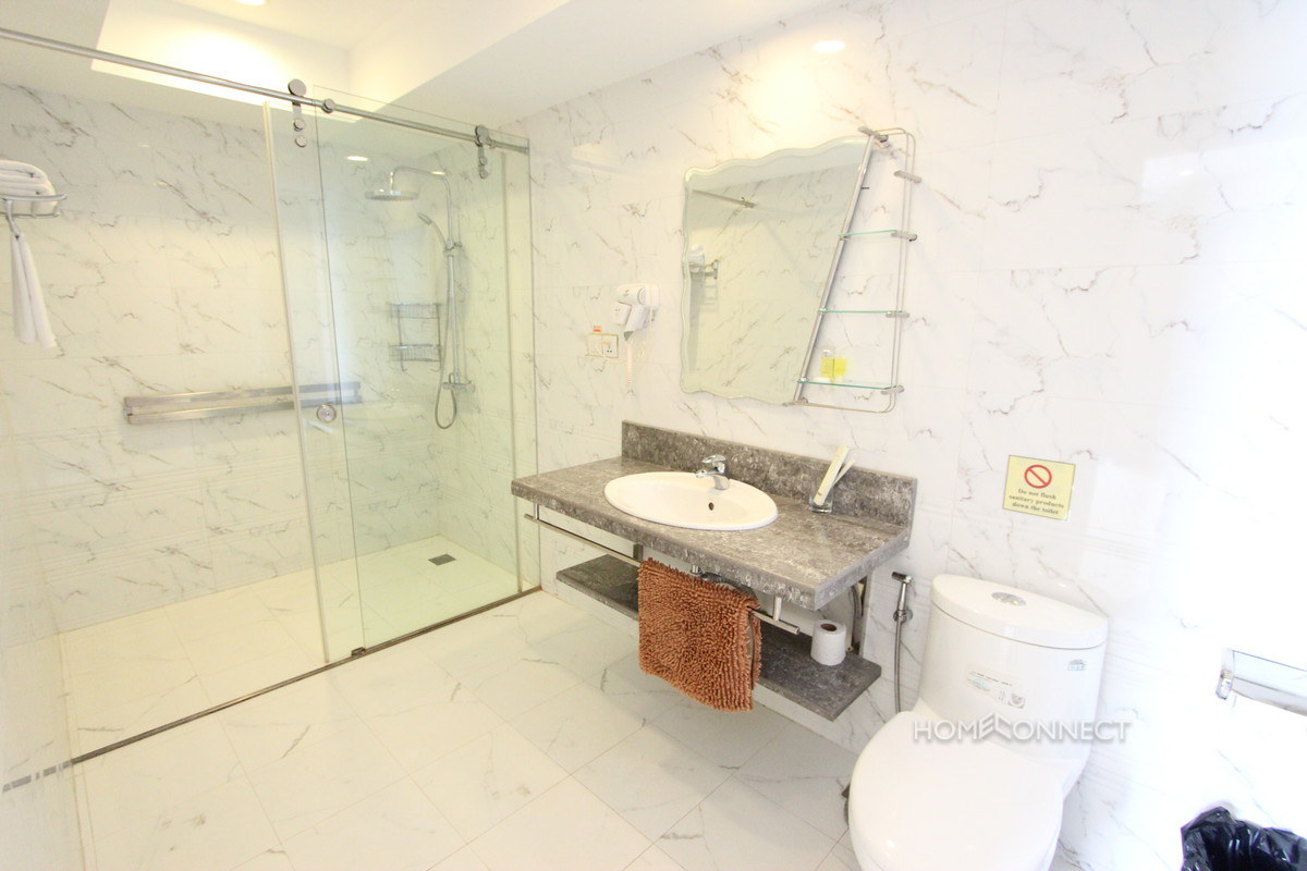Attractive Apartment Near the Royal Palace | Phnom Penh Real Estate