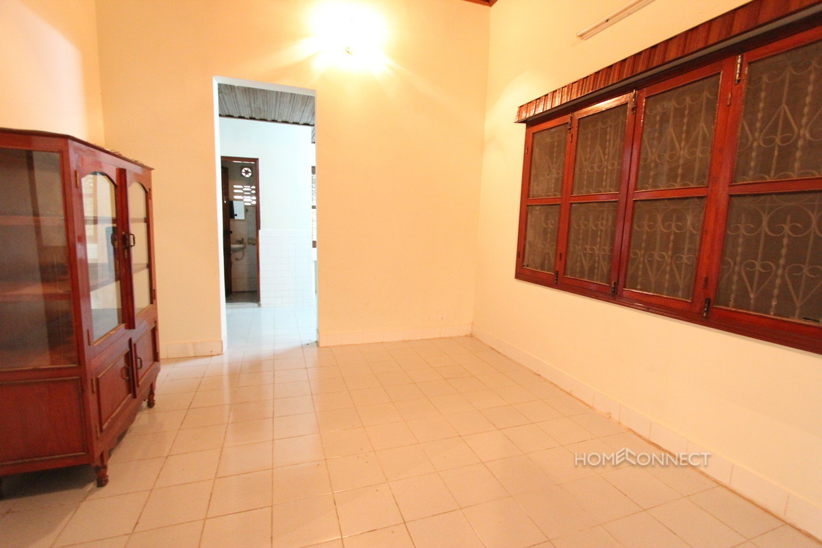 Large Villa With a Garden in Tonle Bassac | Phnom Penh Real Estate