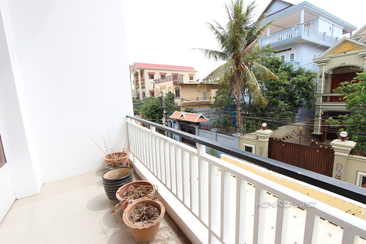 Townhouse for Sale Near Russian Market | Phnom Penh Real Estate