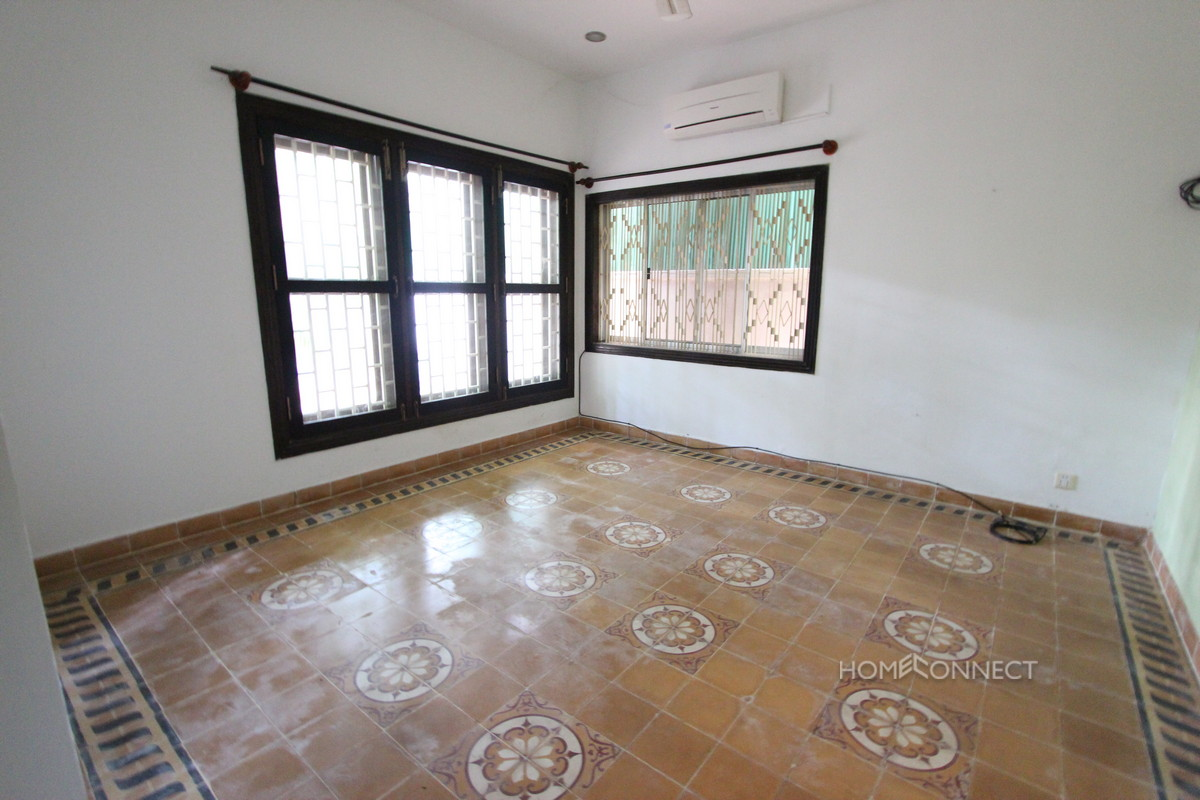 Small Villa for Sale in Leafy Tonle Bassac | Phnom Penh Real Estate