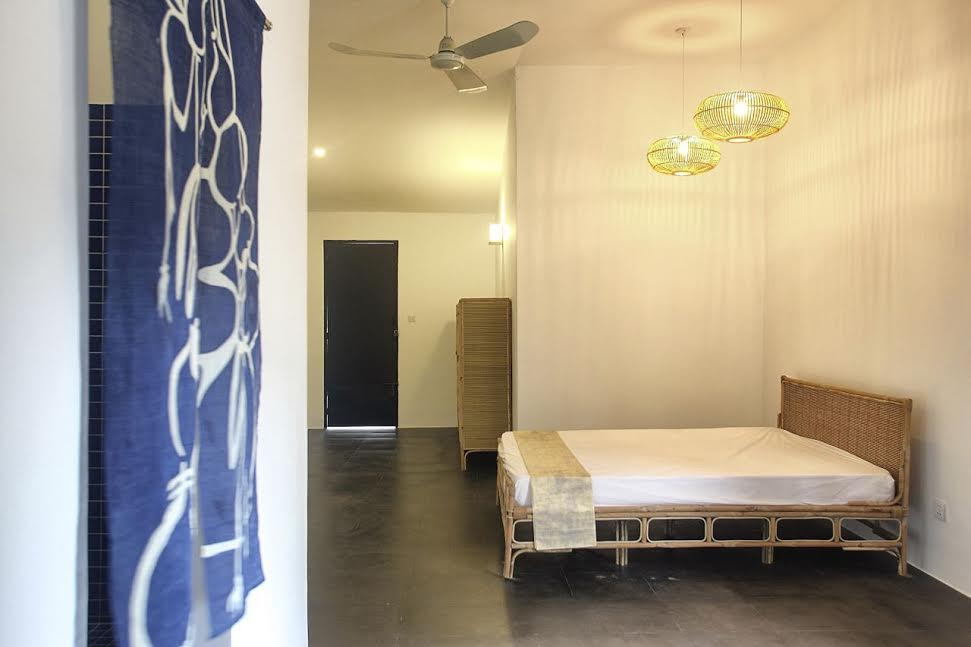 Contemporary 3 Bedroom Apartment Near Central Market | Phnom Penh Real Estate