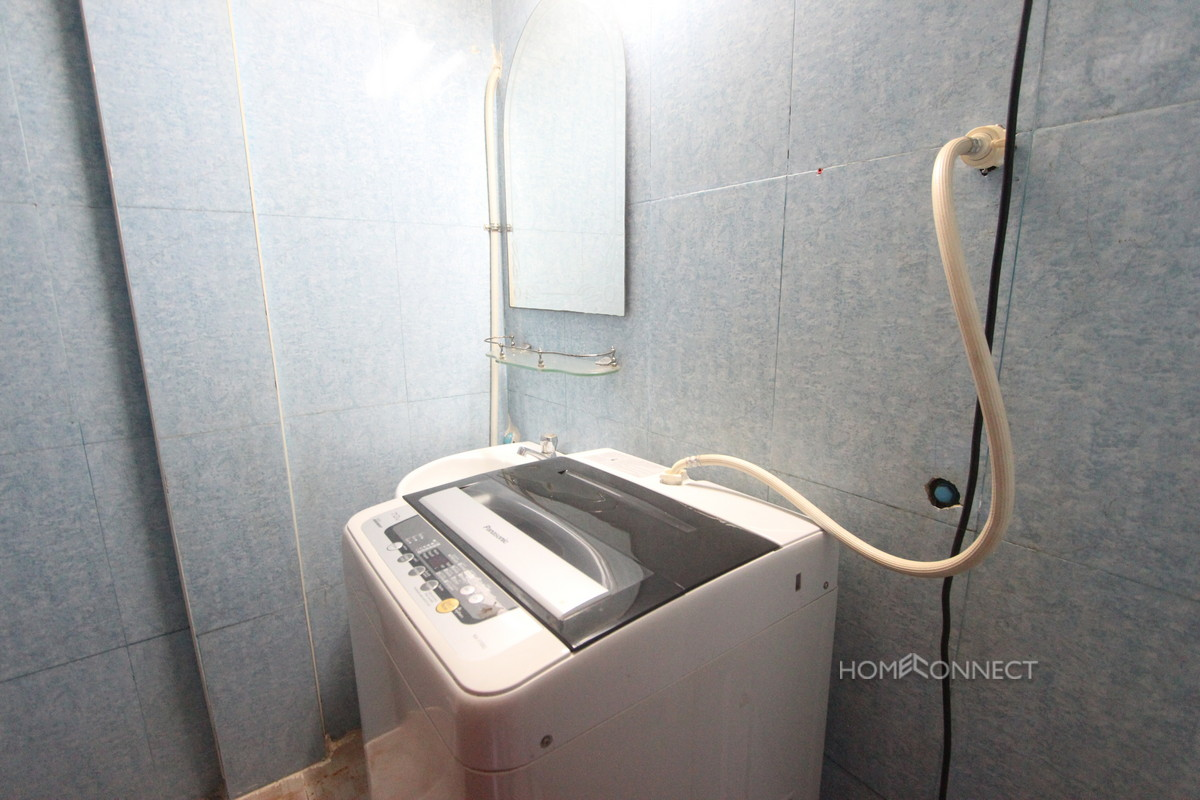 Budget 3 Bedroom Apartment in Toul Tom Poung   Phnom Penh Real Estate