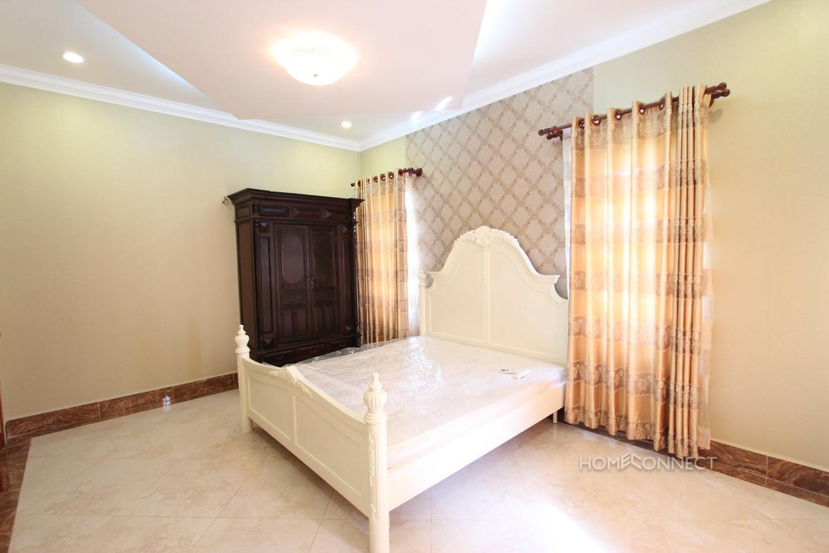 Large and Secure 5 Bedroom Villa in Tonle Bassac| Phnom Penh Real Estate