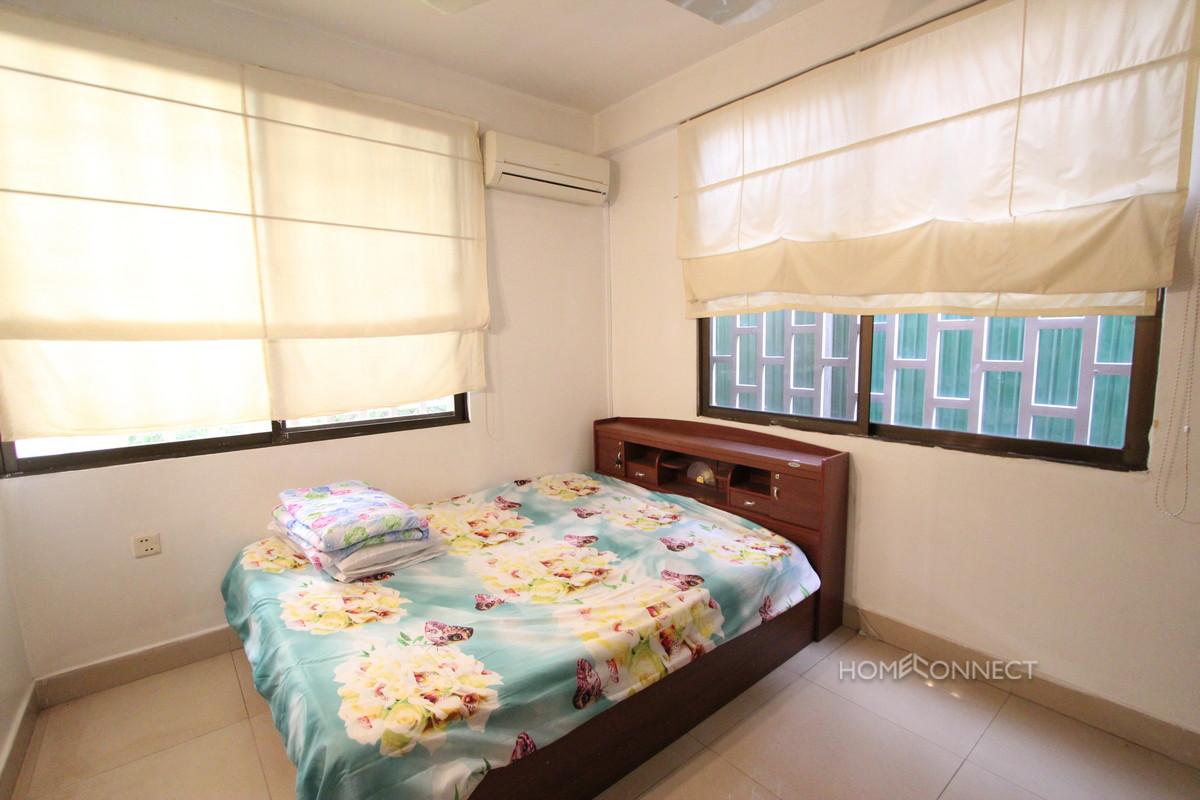 Pleasant 2 Bedroom Apartment in BKK3 | Phnom Penh Real Estate