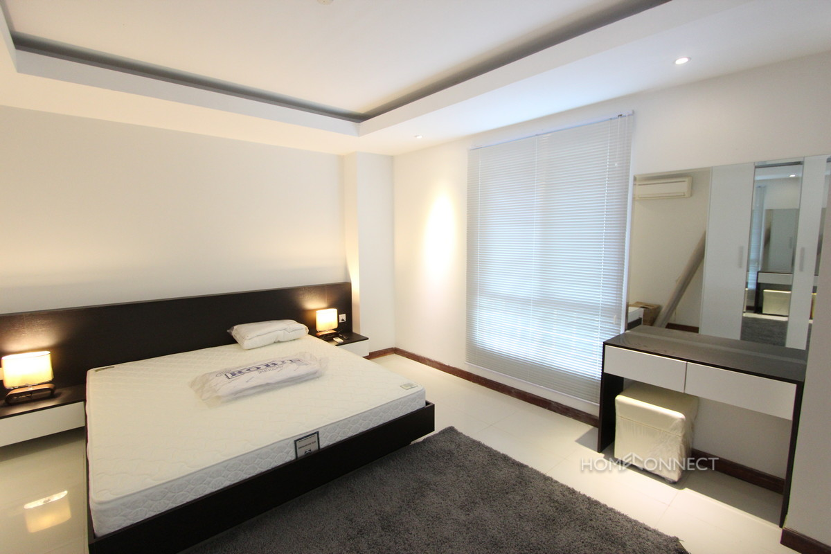Modern Luxury Apartment Close To Independence Monument | Phnom Penh Real Estate